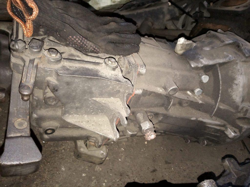 Коробка передач Форд Транзит 2.4-3.2